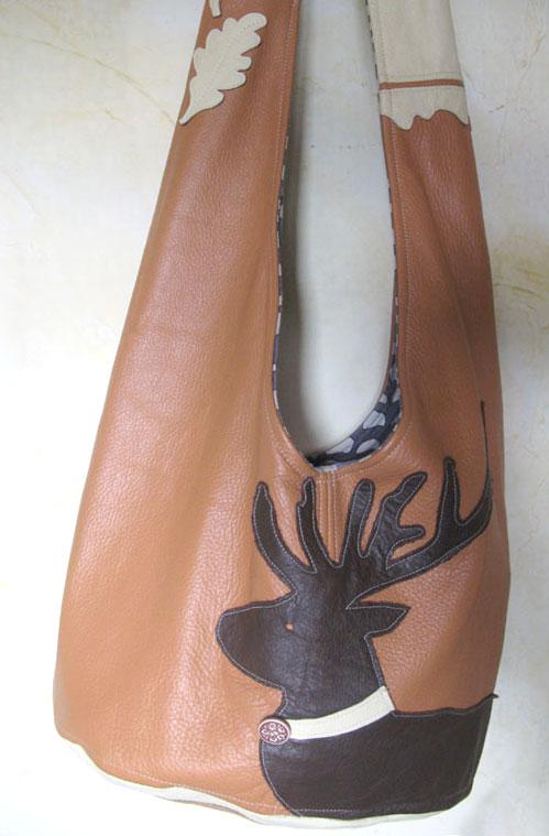 Tasche mit Hirschapplikation