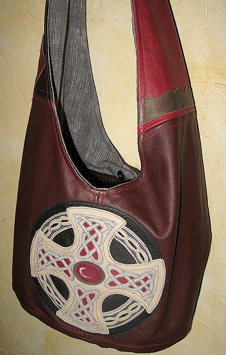 Tasche mit Keltenkreuz